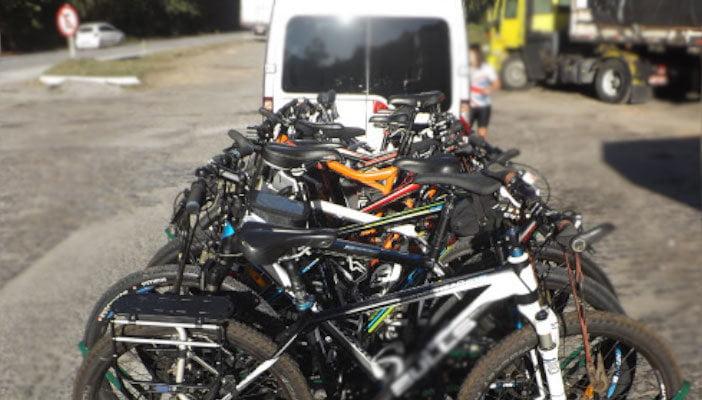 Aluguel de van com carretinha para carregamento de bicicletas (bikes)